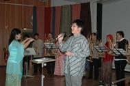 Performing O Sole Mio