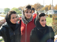 girls-in-esfahan